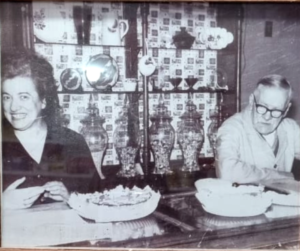 El fundador Luis Duaigües y su hija Josefina